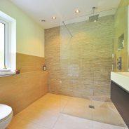 O czym należy pamiętać urządzając łazienkę?
