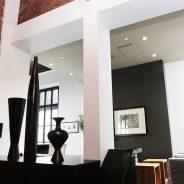 Styl industrialny w aranżacji wnętrz – jak uzyskać efekt przemysłowej przestrzeni we własnym mieszkaniu?